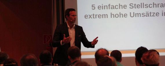 Pascal Feyh Vortrag auf dem Internet-Marketing-Kongress 2013 in Berlin