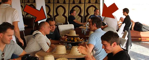 Ralf Schmitz und Pascal Feyh beim Masterminden in Marrakesch